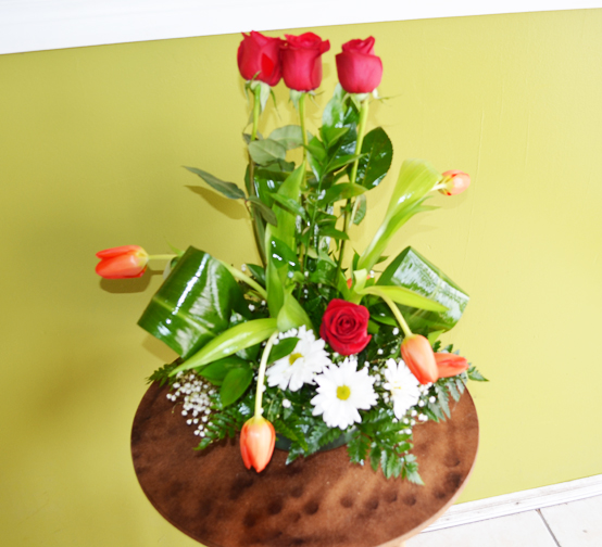 three-natural-arrangement